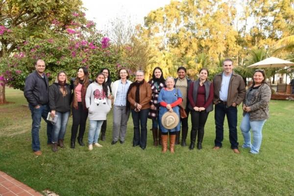 Ganhadores do Agrinho visitam Escola Superior de Agricultura