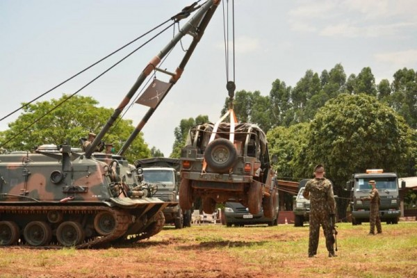 Exército realiza Exercício de Adestramento no Parque de Exposições em Maracaju